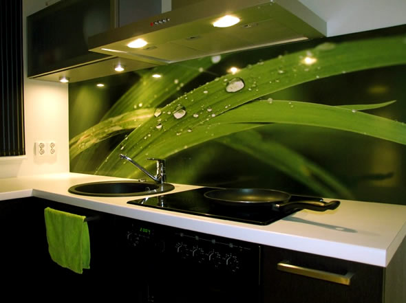 green-kitchen-design