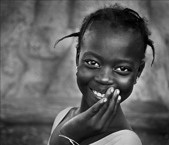 Black And White Portrait Photography Examples  - African Girl Photography